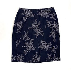 ANN TAYLOR  Floral Embroidered Navy Skirt